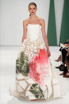 Sfilata Carolina Herrera New York - Collezioni Primavera Estate 2015 - Vogue