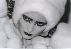 new wave makeup, goth, new romantics Goth Bands, Siouxsie Sioux, Siouxsie & The Banshees, 80s Goth, Punk Goth, Goth Makeup, Dark Makeup, Makeup Art, 1980s Makeup And Hair