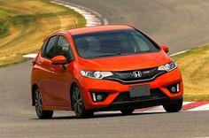 Expert Review for honda amaze... http://www.autoinfoz.com/road-test/Honda-Jazz-Overview-42.html