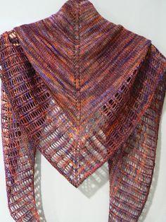 Little Colonnade by Stephen West, knitted by maribelula | malabrigo Sock in Archangel