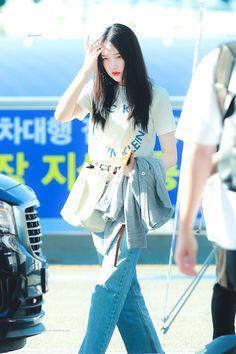 YEllowRIN South Korean Girls, Korean Girl Groups, Cloud Dancer, G Friend, Incheon, Taipei, Ultra Violet, Harajuku, People