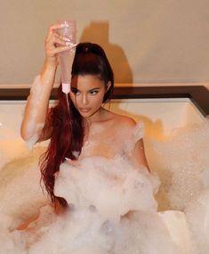 Kylie Jenner News, Kris Jenner, Kardashian Jenner, Kourtney Kardashian, Kendall Jenner, Glamour Shots, Kendall And Kylie, Instagram, Celebs
