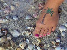 Tammy-tattoo-palm-tree.jpg 640×480 pixels