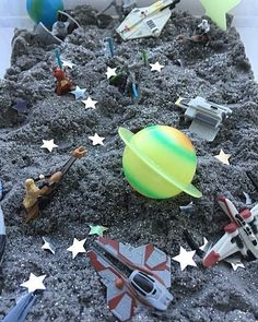 Learning and Exploring Through Play: 44 Tuff Spot Play Ideas Planets Activities, Space Activities For Kids, Eyfs Activities, Preschool Activities, Summer Activities, Family Activities, Summer Crafts For Kids, Kid Crafts, Baby Sensory Play