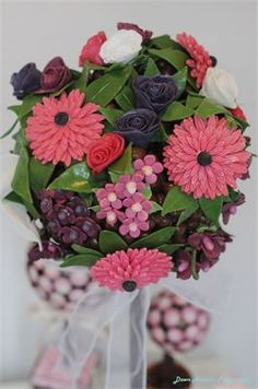 Sweet Tree by Rivera™ : Edible Chocolate and sweet floral display