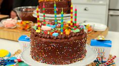 Gosselin Family Traditional Birthday Cake by Kate Gosselin