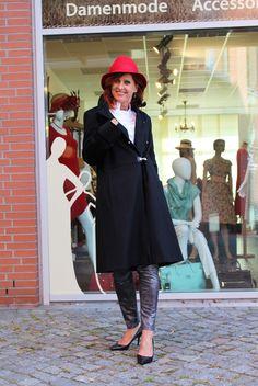 Wintermantel Baronia Classic Mantel schwarz mit Metallschließen