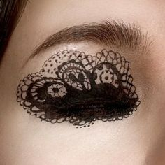 pretty black lace eye #makeup