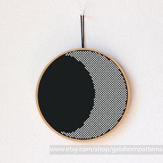 Moon crescent - PDF counted cross stitch pattern - Modern cross stitch