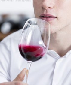9 Signs Your Wine Has Gone Bad