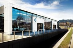 Construction of VW AUTOTREND car showroom in Liberec Doubi