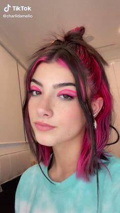 Hair Color Streaks, Hair Highlights, Pink Streaks, Undercolor Hair, Black Hair Video, Hair Color Underneath, Short Grunge Hair, Aesthetic Hair, Hair Videos