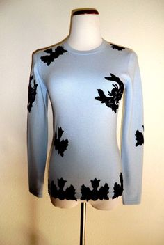 NWOT ILONA.K Sz S SKY BLUE 100% CASHMERE W/BLACK ANTIQUE LACE APPLIQUE SWEATER  #IlonaK #Crewneck
