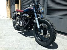 Honda CB450 Cafe Racer by Dogma Motorcycles #caferacer #motos | caferacerpasion.com