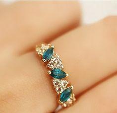 Por mayor de joyería creada anillo de diamantes simulados anillo de esmeraldas dulce Rhinestone del Flash de joyería venta al por mayor y al por menor