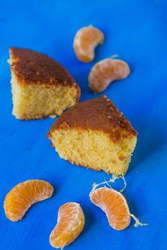 Eggless and Butterless Orange Sponge Cake Recipe Eggless Desserts, Eggless Baking, No Cook Desserts, Eggless Recipes, Vegan Recipes, Cooking Recipes, Beignets, Orange Sponge Cake, Sponge Cake Recipes