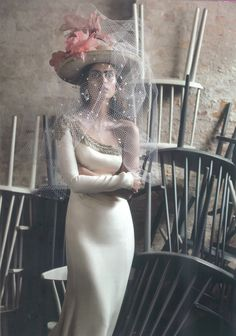 """This stunning one-shoulder silk crepe wedding dress with beadwork details from Rosa Clará 2016 collection is featured in the """"After Party"""" editorial from Vogue Sposa."""