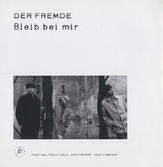 "Der Fremde Single, 1987  Singlecover RückseiteDer Fremde, ""Bleib bei mir"", ""Blut""  Andreas Reth, Andrea Kilian, Achim Knorr  Design© Achim Knorr, 1987"