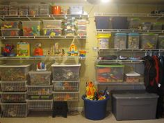 great idea to get kids toys organized!
