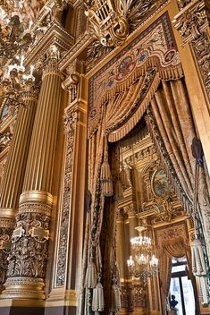 Foyer of the Opéra Garnier (Paris, France). Beautiful Architecture, Beautiful Buildings, Art And Architecture, Architecture Details, Paris France, France 3, Paris Opera House, Grand Foyer, Belle Villa