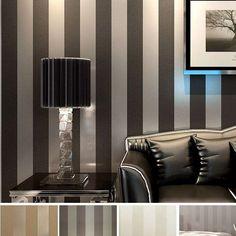 Brillantezza e tinte chiare per le righe alle pareti.