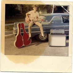 Long ago on a Saturday night he played the strings lively and bright.an old stained photo is all that remains. Vintage Colors, Retro Vintage, Retro 2, Vintage Photographs, Vintage Photos, Rock And Roll Fantasy, Awkward Photos, Fun Shots, Magic Carpet