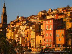 Vieille ville, Menton, Alpes-Maritimes, Provence Alpes Côte d'Azur http://www.lawlessfrench.com/reading/menton/