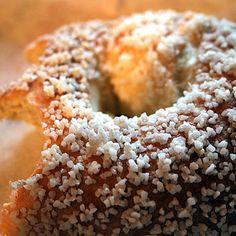 Salt Shockers: Worst Fast-Food Meals for Sodium High Sodium, Healthy Options, Bagel, Salt, Food, Essen, Salts, Meals, Yemek