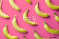 """Baixe a foto royalty free """"Colorful pattern of bananas"""" criada por baibaz com o menor preço no Fotolia.com.  Navegue no nosso banco de imagens online barato e encontre fotos stock perfeitas para seus projetos de marketing!"""