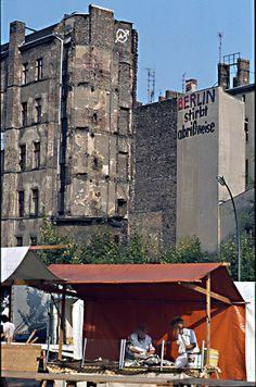 Berlin stirbt abrißweise, Kreuzberg, Anfang der 80er Jahre: - Schön war die Zeit, als die Welt noch in Ordnung war - West-Berlin in pictures.