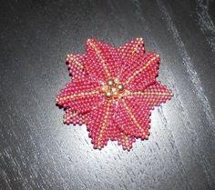 Vánoční korálky VI - Vánoční hvězda Leaf Tattoos