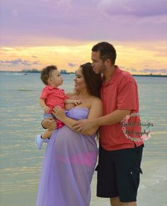 Gorgeous Family Beach Maternity Session