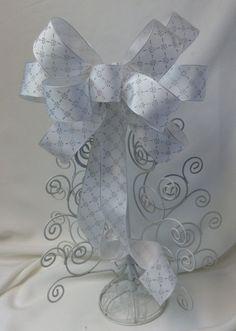 Wedding Bow White With Silver Snowflakes by BasketsFromAtoZ Wedding Chair Bows, Wedding Pews, Wedding Chairs, Wedding Table, Wedding Gifts, Snowflake Wedding, Pew Bows, Gift Bows, Snowflakes