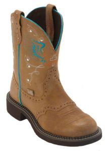 Justin® Gypsy™ Women's Toast Tan w/ Winged Cross Round Toe Western Boots | Cavender's------ Just love Gypsy and Fatbaby with jeans!!