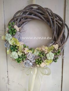 Nonza ajtódíszek - NONZA Virágdekoráció Grapevine Wreath, Grape Vines, Wreaths, Spring, Home Decor, Decoration Home, Door Wreaths, Room Decor, Vineyard Vines