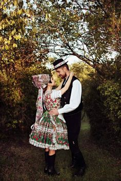 A newlywed couple in traditional attires - Tekov, Slovakia. (Note the bonnet on the bride's head. Folk Costume, Costumes, Newlyweds, Hipster, Traditional, Bride, Couple Photos, Couples, World