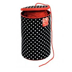 Fabulous yarn holder from the Polka Dot series from Prym to ensure your skeins stay where they are supposed to stay. The yarn holder has a red lining and the exterior is black with white polka dots. Sewing Online, Easy Thanksgiving Crafts, Yarn Tail, Craft Free, Sewing Box, Knit Or Crochet, Knitting Yarn, Craft Supplies, Polka Dots