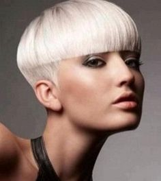 8 Fascinating Cool Tips: Feathered Hairstyles Emo asymmetrical hairstyles texture.Women Hairstyles Blonde Short Pixie older women hairstyles brown. Prom Hairstyles For Short Hair, Asymmetrical Hairstyles, My Hairstyle, Feathered Hairstyles, Hairstyles With Bangs, Short Hair Cuts, Braided Hairstyles, Trendy Hairstyles, Hairstyle Ideas