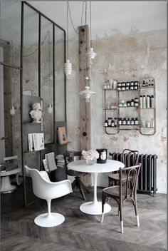 Entrelesmurs on pinterest salons coiffures and house for Salon de coiffure miroir