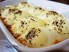 Estos ricos huevos con salsa boloñesa se preparan muy fácilmente y gustan a todos.