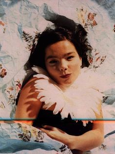 Bjork~ love me some quirky Icelandic nymphs! Trip Hop, Recital, The Sugarcubes, Jazz, Juergen Teller, Queen Of Everything, Mtv Videos, Bjork, Shows
