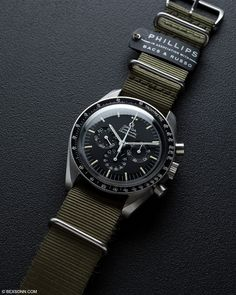 rolex replicas watches for men Best Watches For Men, Amazing Watches, Luxury Watches For Men, Beautiful Watches, Cool Watches, Rolex Watches, Rolex Gmt, Vintage Watches For Men, Omega Speedmaster