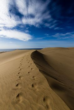 Maspalomas Sand Dunes, Gran Canaria, Spain http://www.travelandtransitions.com/destinations/destination-advice/europe/outdoor-adventure-gran-canaria/