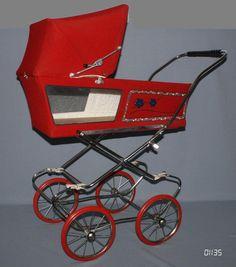Pram Stroller, Baby Strollers, Vintage Pram, Prams, Retro Toys, Baby Boutique, Vintage Antiques, Children, Ebay