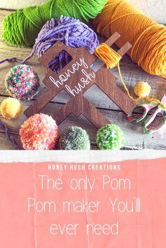 Pom Pom Wreath, Pom Pom Rug, Fall Mantle Decor, Mantle Ideas, Christmas Pom Pom Crafts, Pom Pom Maker, Diy Crafts To Do, How To Make A Pom Pom, Diy Banner