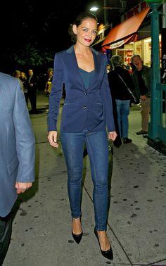 celeb-style-katie-holmes-blazer-jeans
