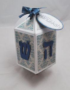 Hanukkah Dreidel Box by CardsandMoorebyTerri on Etsy, $10.00 Hanukkah Crafts, Hannukah, Happy Hanukkah, Winter Holidays, Holidays And Events, Jewish Celebrations, Menorah, Craft Fairs, Homemade Gifts