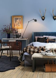 teal upholstered wingback bed + layered side tables - home me Pretty Bedroom, Blue Bedroom, Interior Styling, Interior Decorating, Interior Design, Feminine Bedroom, Interior Inspiration, Bedroom Inspiration, Bedroom Inspo