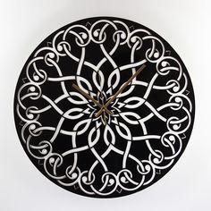 Reloj de pared laminado negro brillo