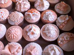 Vintage cupcakes te bestellen bij Twinkelotje Taartspulletjes  Zo! www.theeentaartspulletjes.nl